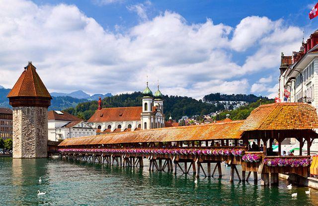 جسر تشابل لوزيرن سويسرا