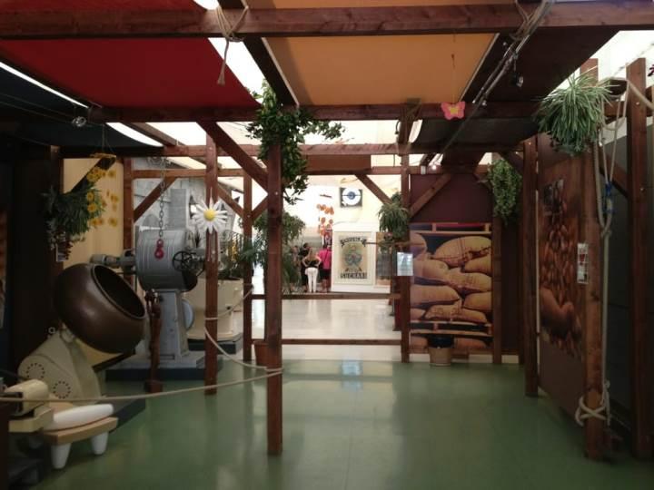 مصنع البروس للشوكولاتة في لوغانو سويسرا