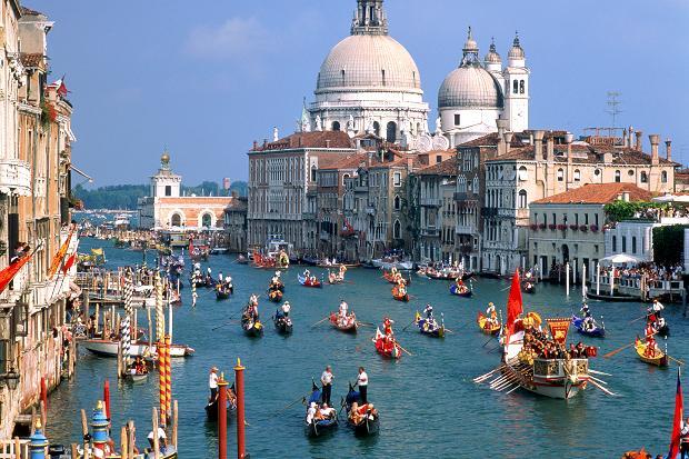 القنال الكبير من احمل الاماكن السياحية في فينيسيا