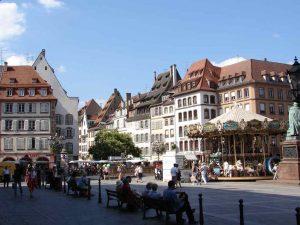 تعرف في المقال على افضل الانشطة السياحية عند زيارة ساحة غوتنبرغ في ستراسبورغ ، بالإضافة الى افضل فنادق ستراسبورغ القريبة منها