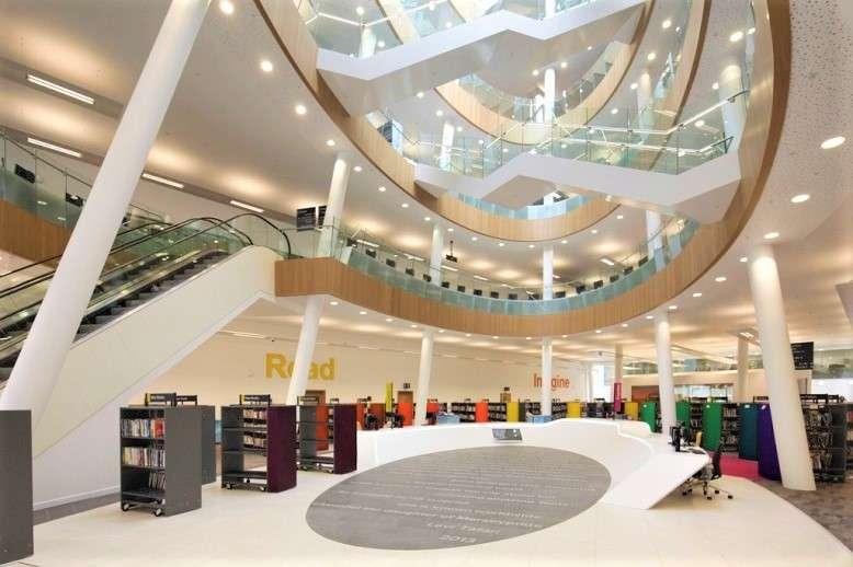 مكتبة ليفربول المركزية انجلترا