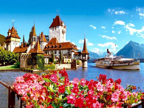 قلعة اوبرهوفن من اهم اماكن السياحة في انترلاكن سويسرا