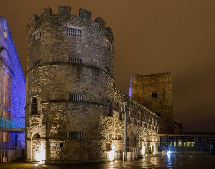 قلعة اكسفورد من افضل اماكن السياحة في اكسفورد انجلترا