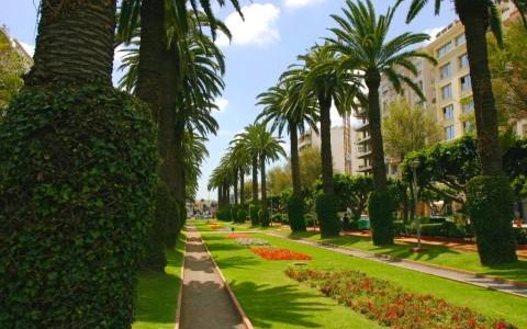 حديقة الجامعة العربية في الدار البيضاء كازابلانكا