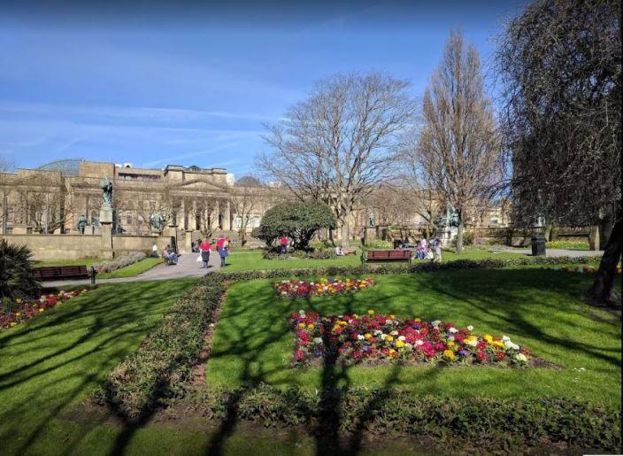 حدائق سانت جون ليفربول في انجلترا
