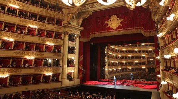 مسرح لا سكالا من اهم معالم السياحة في ميلان