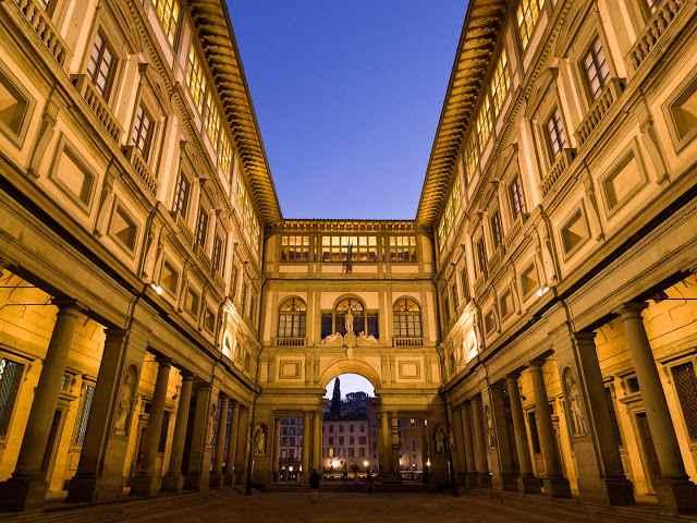متحف اوفيزي غاليري من افضل متاحف فلورنسا ايطاليا