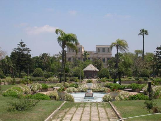 قصر انطونيادس وهو من اجمل واقدم مناطق السياحة في الاسكندرية