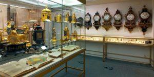 متحف باير للساعات في زيورخ او متحف بايرووتش