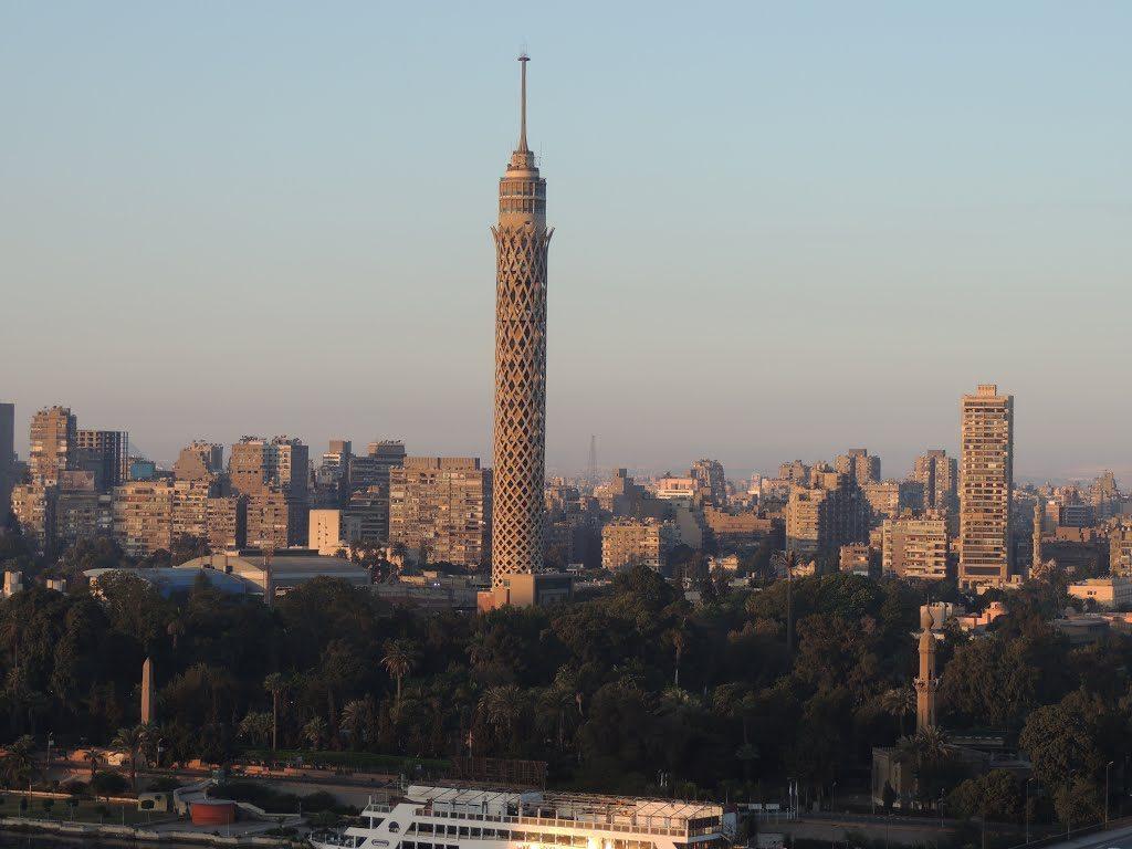 برج القاهرة يعتبر من افضل الاماكن السياحية في القاهرة