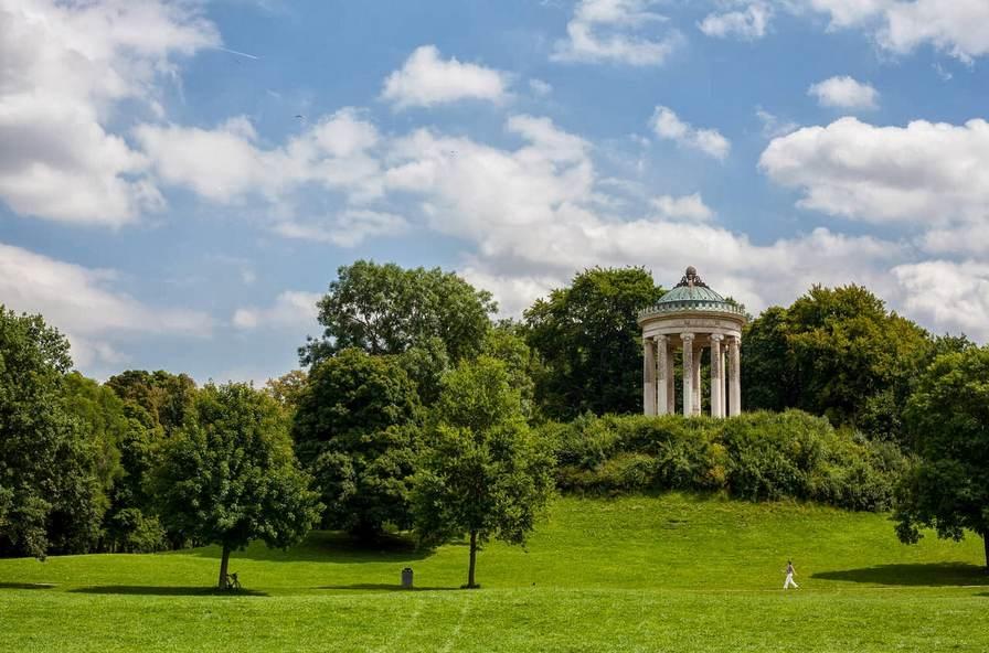 الحديقة الانكليزي من اجمل مناطق سياحية في ميونخ
