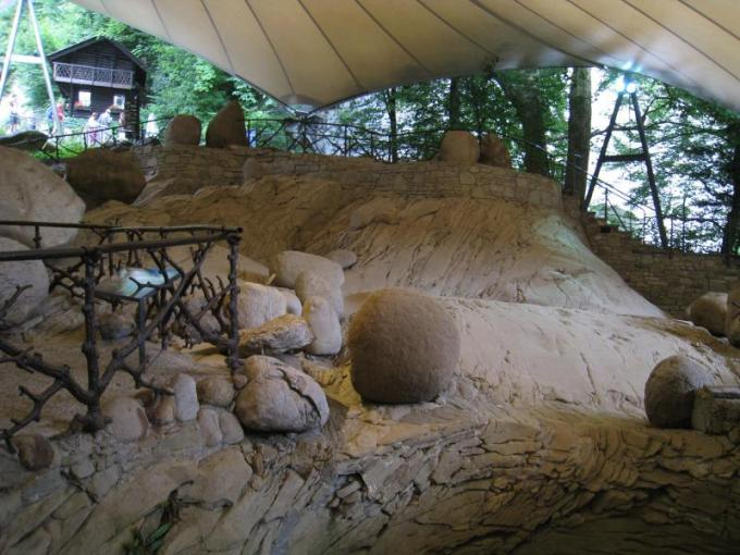 حديقة جلاسير في لوزيرن سويسرا من اهم الاماكن السياحية في لوزيرن
