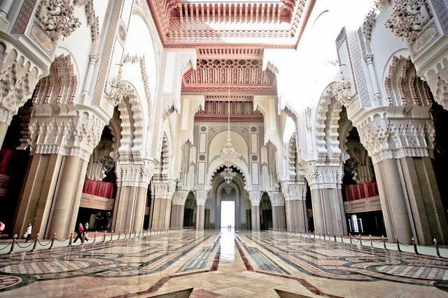 مسجد الحسن الثاني في مدينة كازابلانكا المغرب