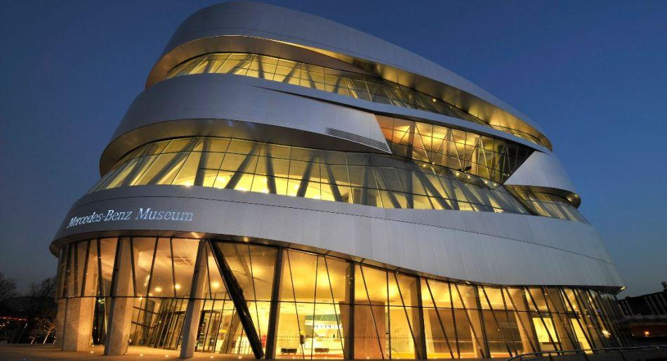 متحف مرسيدس بنز من اهم متاحف شتوتغارت المانيا