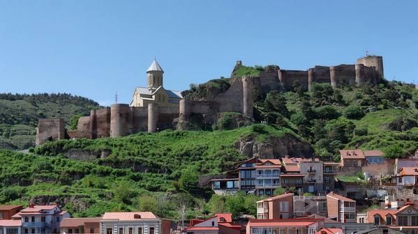 قلعة ناريكالا من افضل معالم جورجيا تبليسي