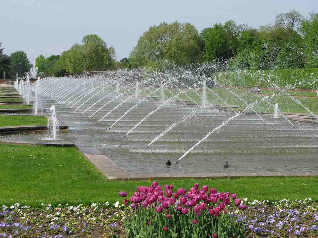 حديقة نورد بارك من اجمل اماكن السياحة في مدينة دوسلدورف المانيا