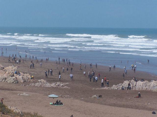 شاطئ عين دياب في كازابلانكا المغرب