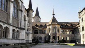 المتحف الوطني السويسري من اهم معالم السياحة في زيورخ سويسرا