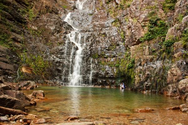 شلالات الآبار السبعة من اجمل اماكن السياحة في لنكاوي