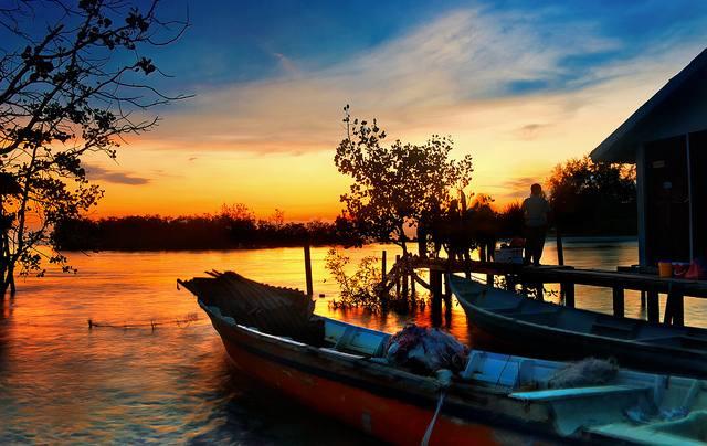 يعد شاطئ باجان لالانج في ماليزيا احد اجمل اماكن سياحية في سيلانجور