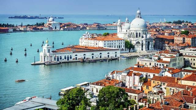 السياحة في ايطاليا فينيسيا ، تعرف على افضل الاماكن السياحية في ايطاليا البندقية