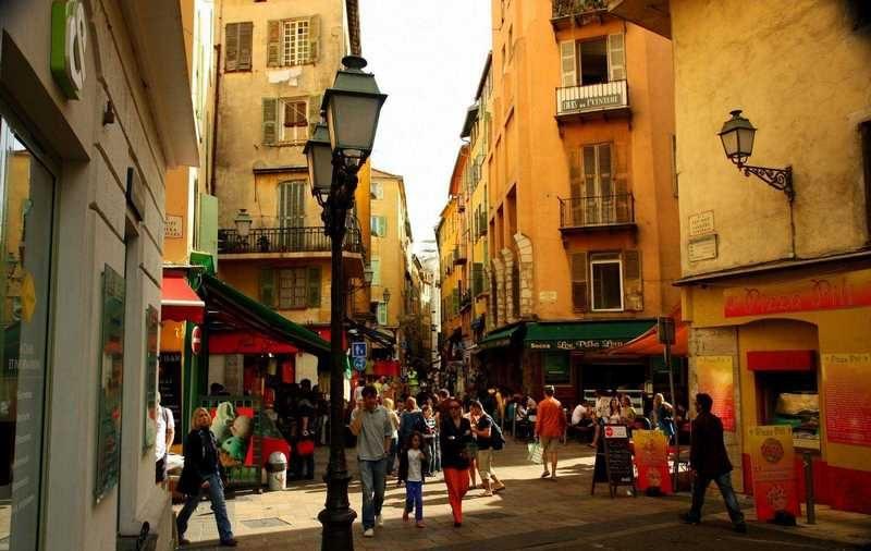 المدينة القديمة في نيس فرنسا