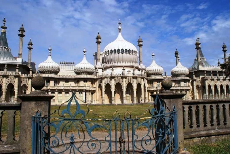 قبة برايتون من افضل اماكن السياحة في برايتون انجلترا