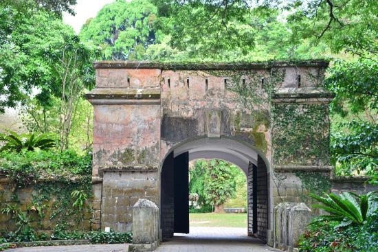 حديقة فورت كانينج من افضل اماكن السياحة في سنغافورة