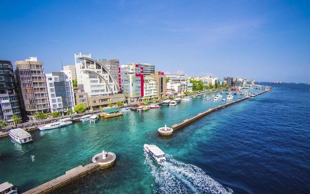المالديف Male-island-in-Maldi