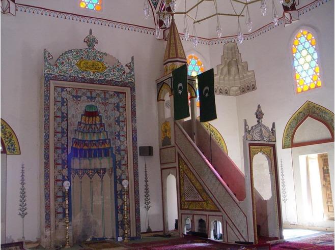 جامع محمد باشا كوسكي في مدينة موستار البوسنة والهرسك