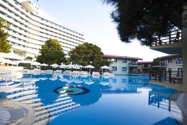 فندق تيتانيك انطاليا