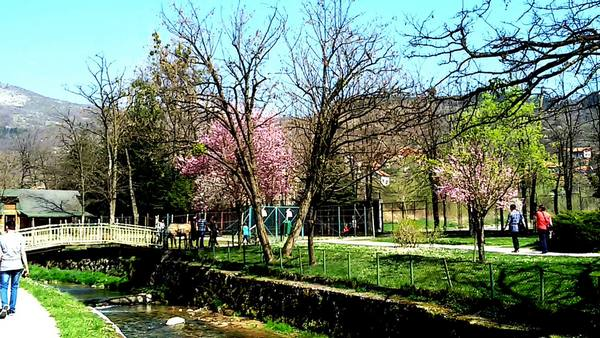 حديقة ربيع البوسنة من اجمل اماكن السياحة في سراييفو