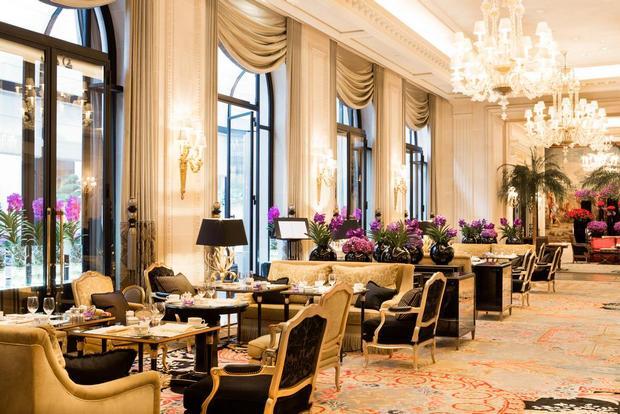 تجربة طعام استثنائية في فندق فور سيزون باريس