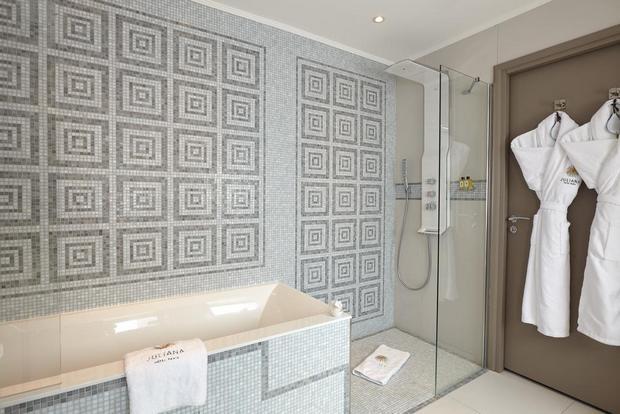 فندق جوليانا باريس من افضل فنادق مطلة على برج ايفل