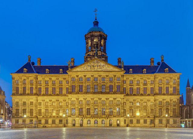 القصر الملكي في امستردام من اهم الاماكن السياحية في امستردام هولندا - صور امستردام