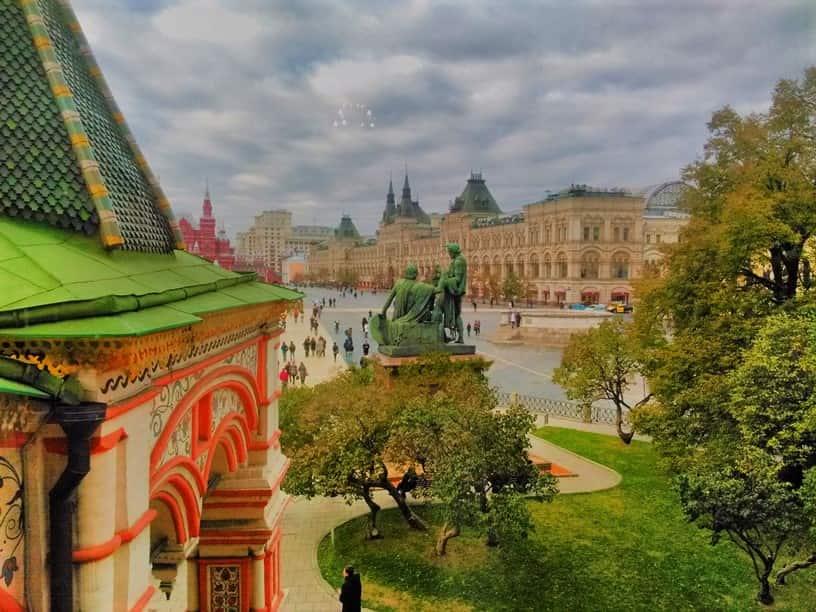 كاتدرائية القديس باسيل من افضل اماكن السياحة في موسكو