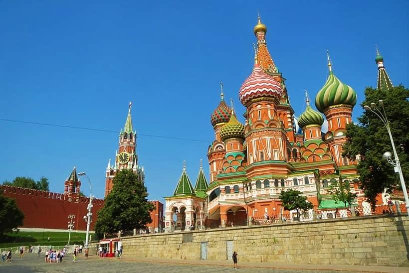 كاتدرائية القديس باسيل موسكو