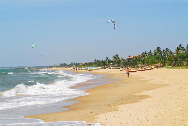 شاطئ بنتوته سريلانكا