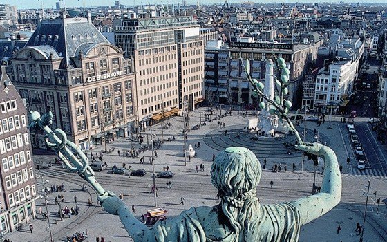ساحة دام سكوير امستردام