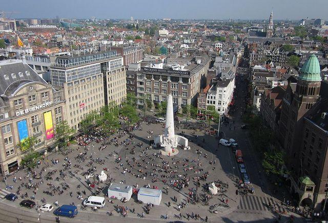 ساحة دام سكوير امستردام - ساحة دام في امستردام من اهم اماكن السياحة في هولندا واشهرها