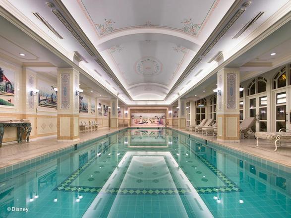 فندق ديزني لاند في هونج كونج