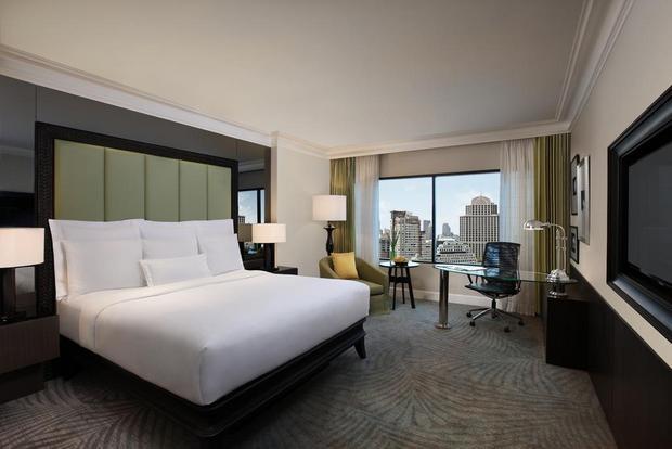 فندق جي دبليو ماريوت بانكوك من افضل فنادق بانكوك للعوائل التي تقع في قلب بانكوك.