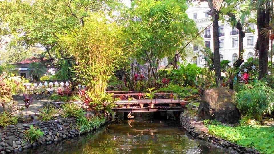 حديقة ريزال بمانيلا