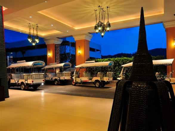 فندق ميلينيوم في بوكيت