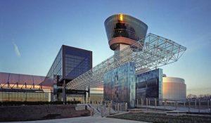 تعرف في المقال على افضل الانشطة السياحية في متحف الطيران في واشنطن ، بالإضافة الى افضل فنادق واشنطن القريبة منه