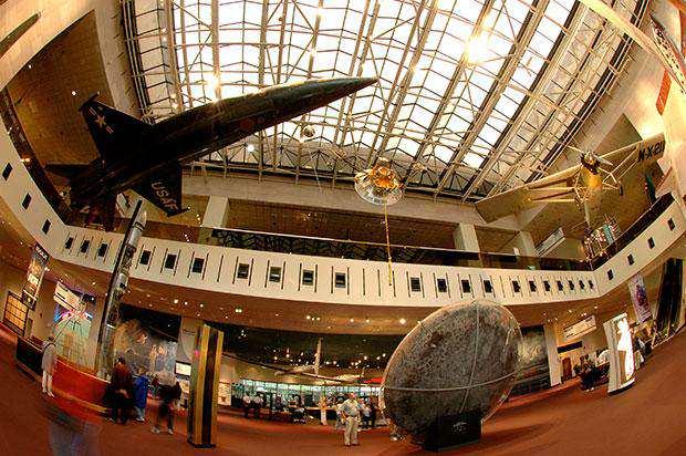 متحف الطيران في واشنطن