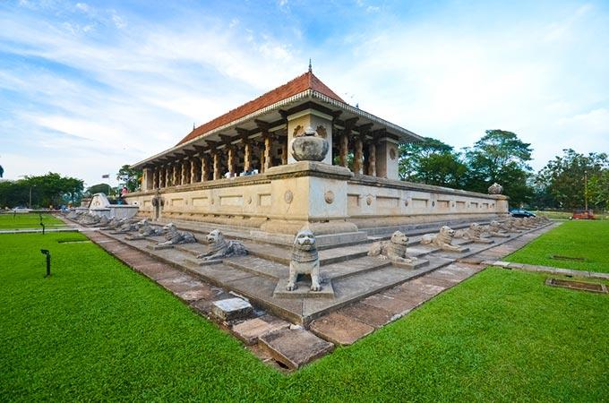 متحف كولومبو الوطني بسريلانكا