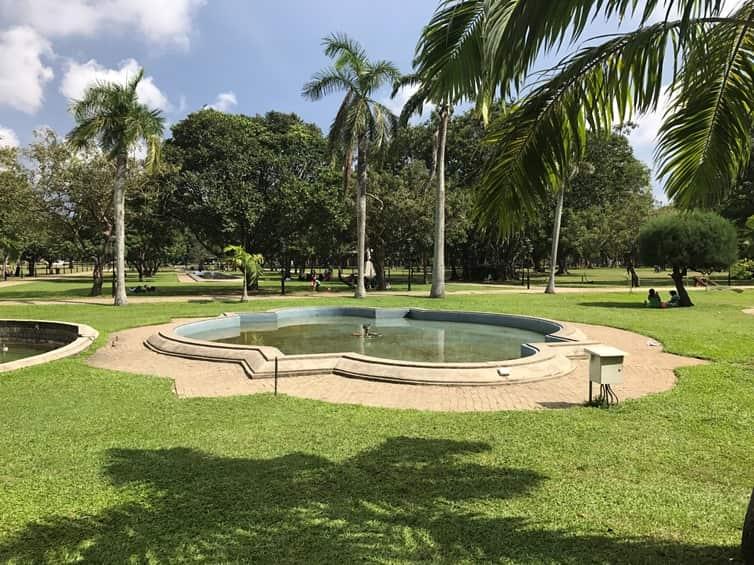 حديقة فيهاراماهاديفي في مدينة كولومبو سريلانكا