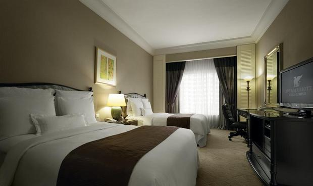 يوجد في فندق ماريوت كوالالمبور غُرف بمساحات مُختلفة ومرافق مُتنوّعة.