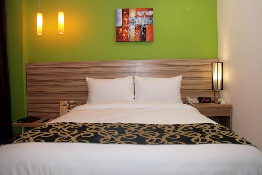فنادق في الفلبين مانيلا